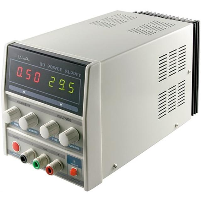 alimentatore banco regolabile 0-3 A e 0-30 volt display led laboratorio 220-240 volt CE grigio wnt 20319 goobay wnt 20319